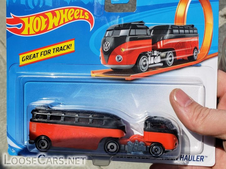 [QUEUE] Hot Wheels Custom Volkswagen Hauler: 2020 Track Stars GMB67