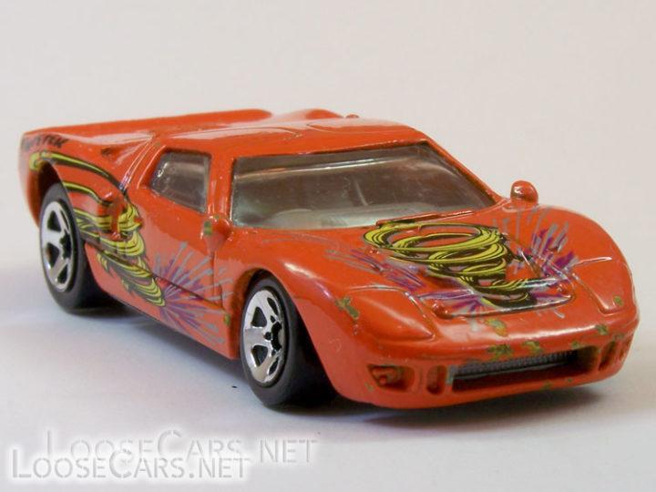 Hot Wheels Ford GT-40: 2001 Tornado Twister Playset