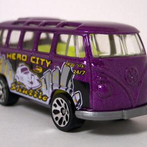 Matchbox VW Transporter: 2004 #45 Hero City Getting Around Front Right
