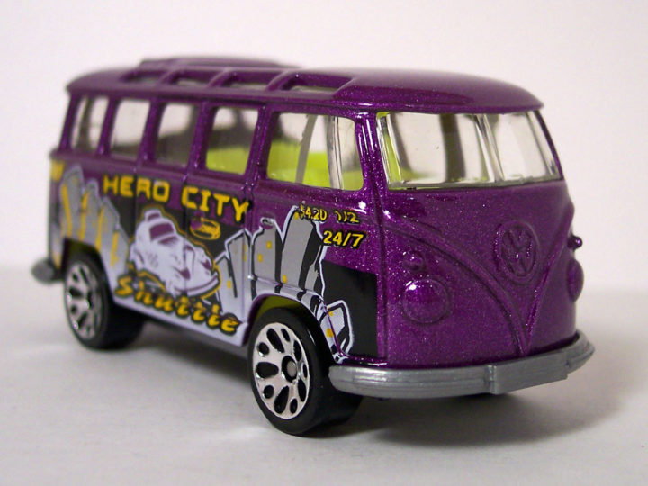 Matchbox VW Transporter: 2004 #45 Hero City Getting Around