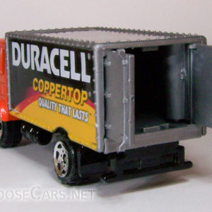 Matchbox Delivery Truck: 2005 #9 Duracell Rear Open