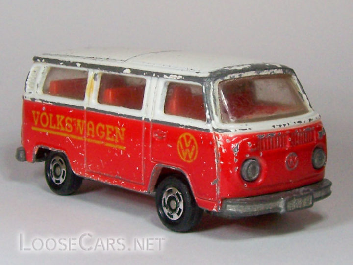 Tomica Volkswagen Microbus: 1977 F29 (Red and White)
