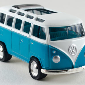 Matchbox VW Transporter: 2000 FAO Schwarz VW Collection Front Right