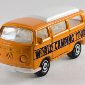 Matchbox Volkswagen T2 BusMatchbox Volkswagen T2 Bus: 2011 Camping Adventure Rear Right 2011 Camping Adventure Front Left