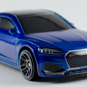 Hot Wheels Audi RS 5 Coupe: 2018 #118 Front Right