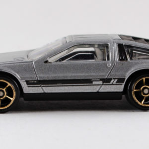 Hot Wheels '81 DeLorean DMC-12: 2011 #141 Left