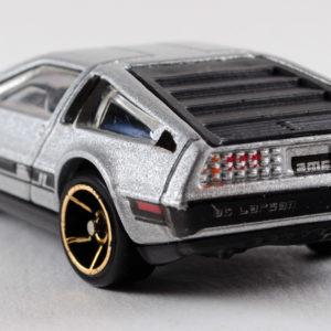 Hot Wheels '81 DeLorean DMC-12: 2011 #141 Rear Left