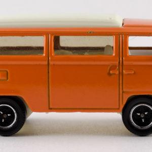 Matchbox Volkswagen T2 Bus: 2008 #79 Right
