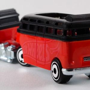 Hot Wheels Custom Volkswagen Hauler: 2020 Track Stars Rear Left