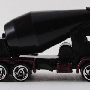 Hot Wheels Oshkosh Cement Mixer: 1999 #1011 Right